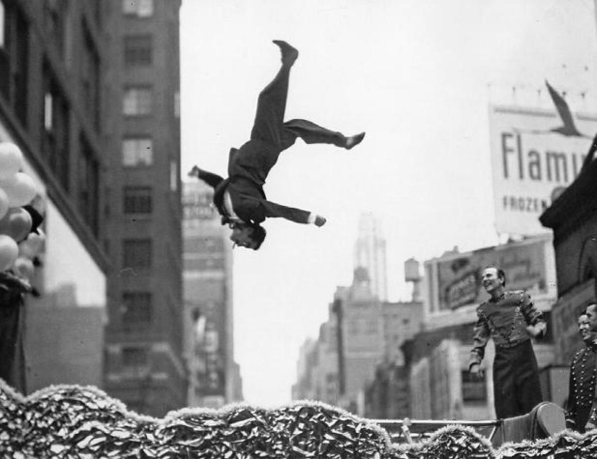 "GARRY WINOGRAND ""FLIP"""