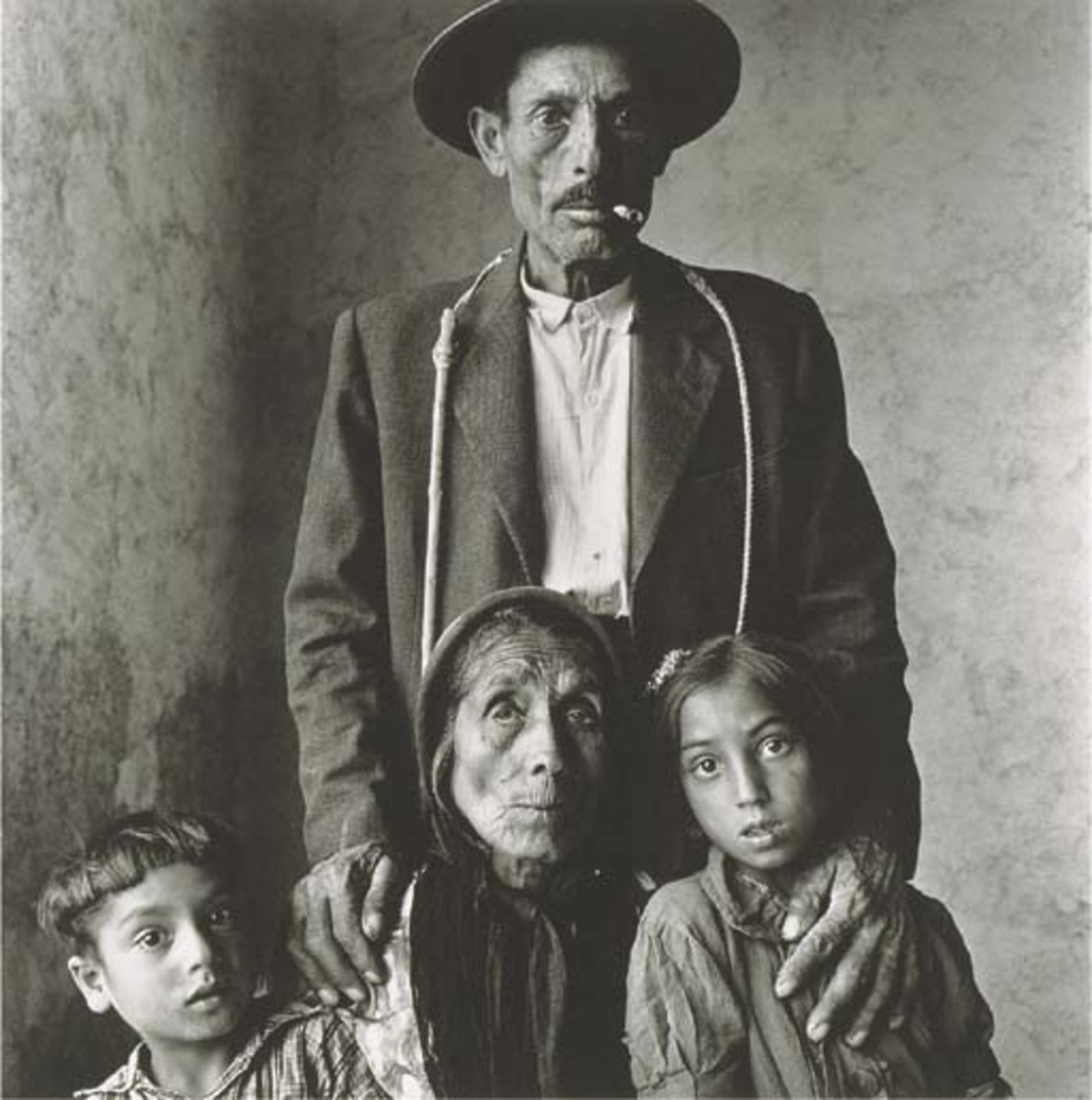 "IRVING PENN ""GYPSY FAMILY, SPAIN 1965"""