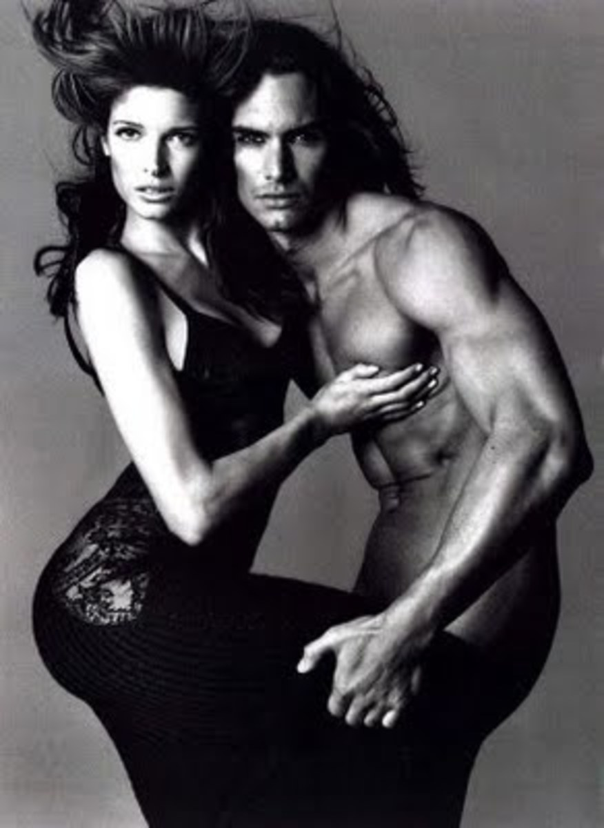 Stephanie Seymour in Avedon's ad campaign for Versace, F/W 1993-94.