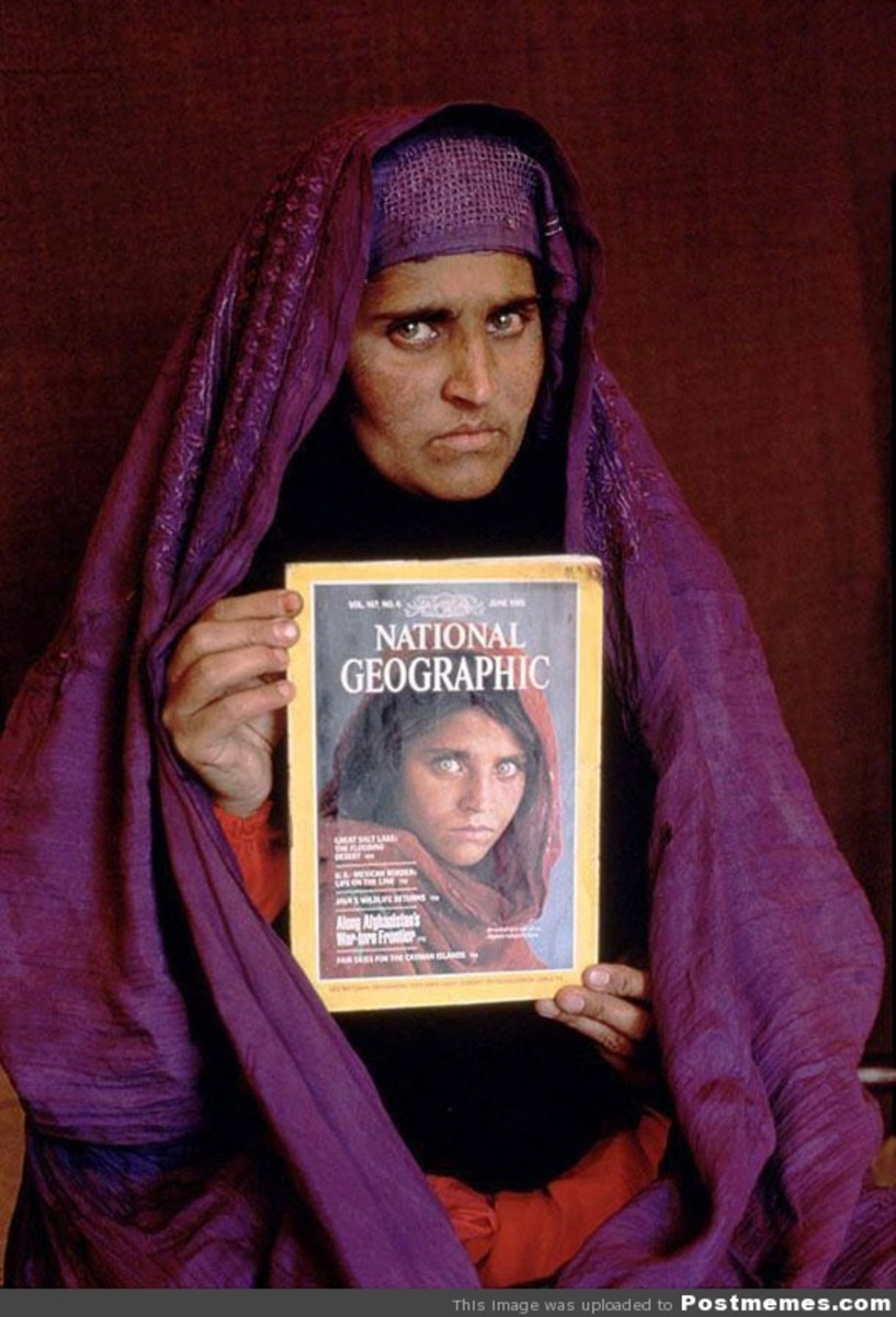 Sharbat Gula with her iconic cover