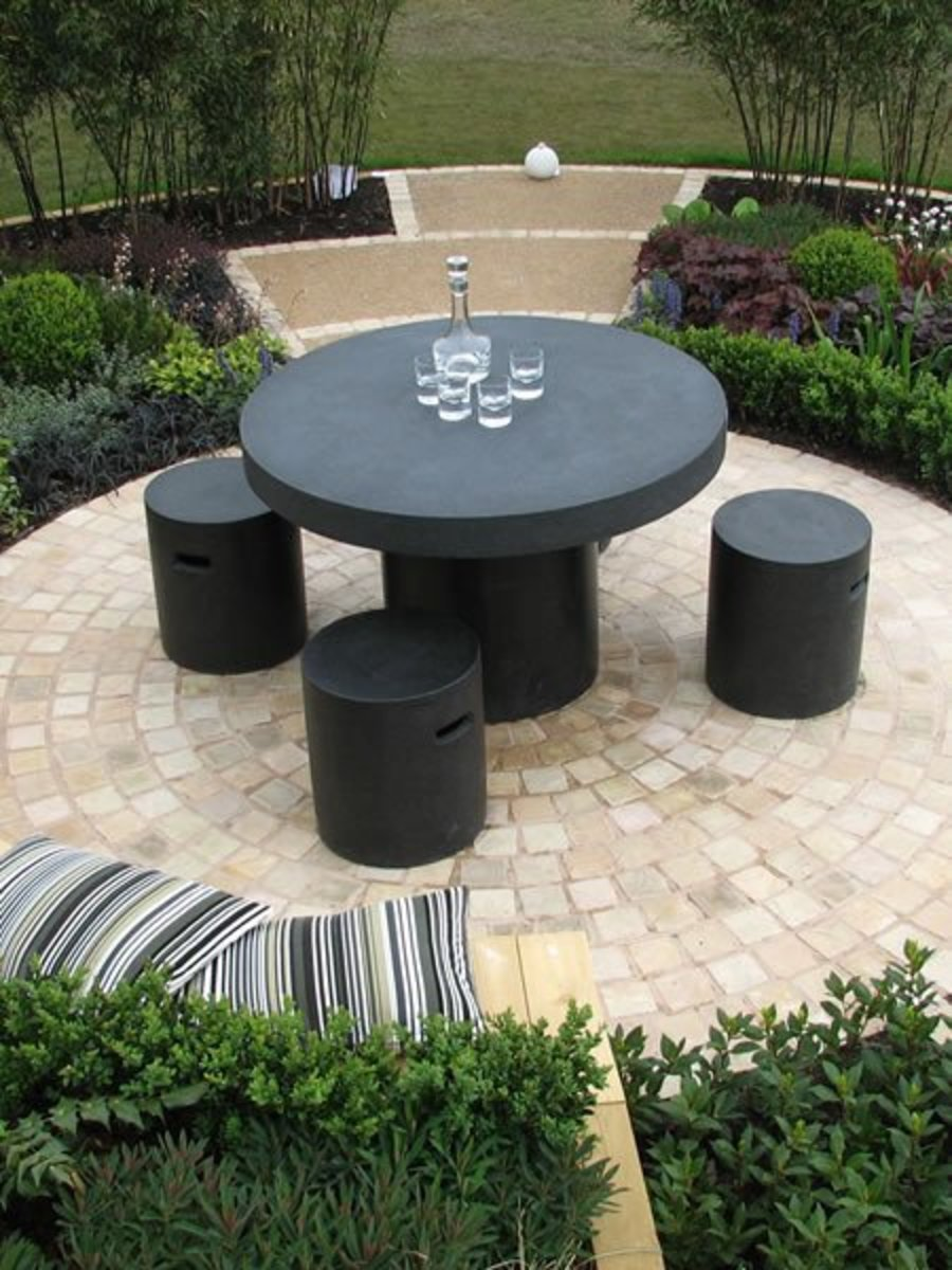 A more formal dining patio