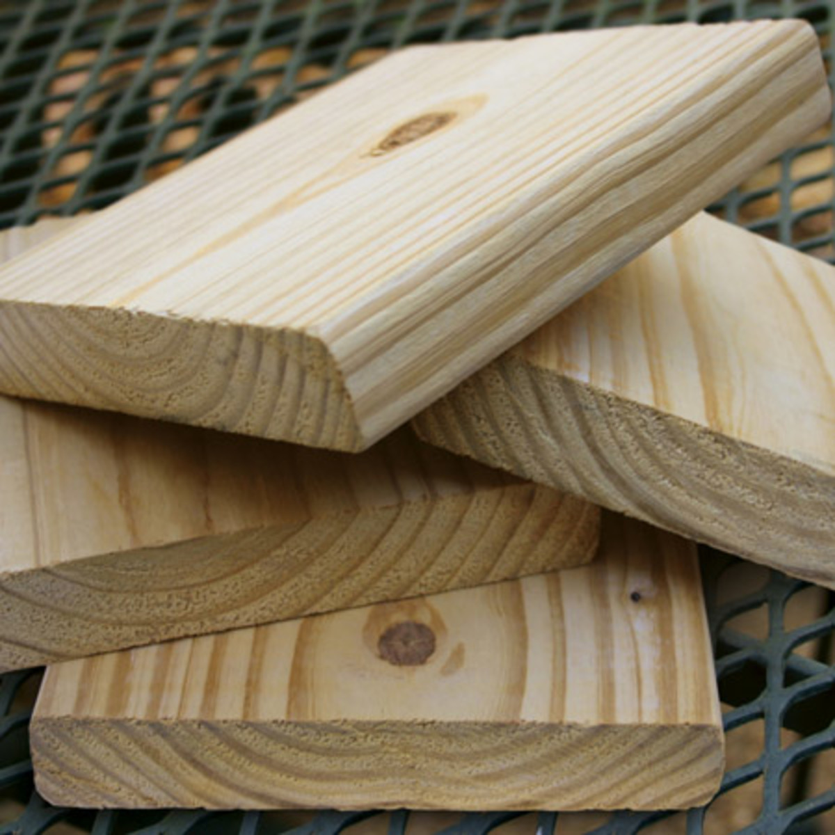 properties-and-characteristics-of-timber