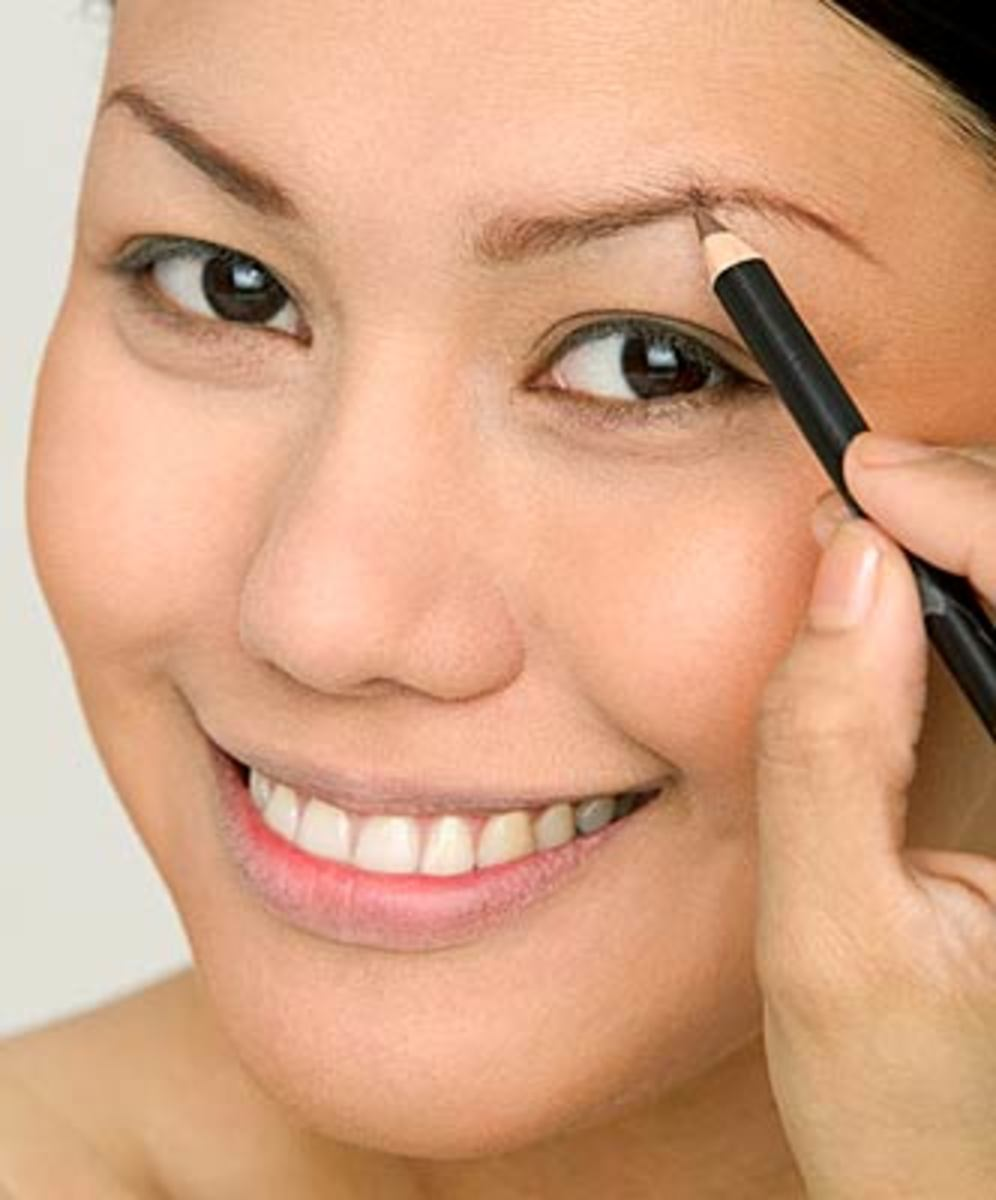 how-to-shape-your-eyebrows-and-achieve-the-perfect-eyebrow-shape-at-home-tips-tricks-tools-and-know-how