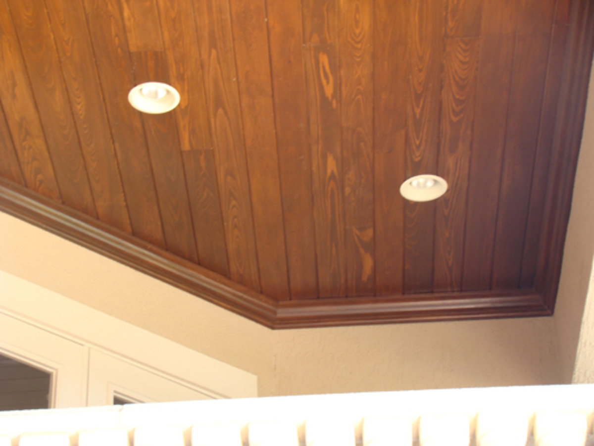 oak wood ceiling with recessing lighting