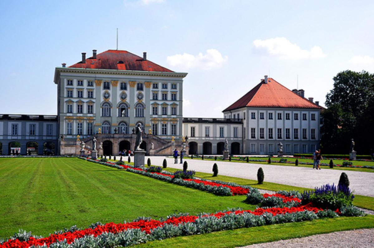 the-most-beautiful-flower-garden-in-europe