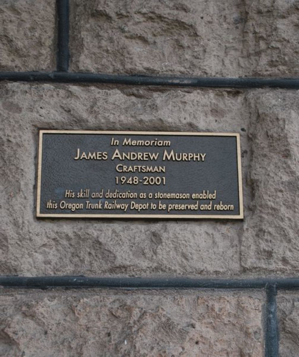 Memorial Plaque at the Historic Train Station in Bend (c) Stephanie Hicks