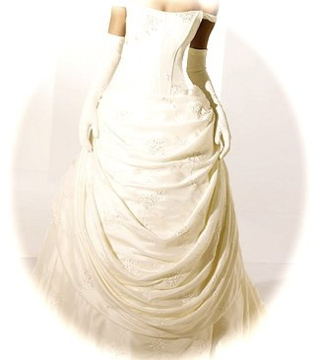 How To Choose Your Wedding Dress: Tips For Choosing The