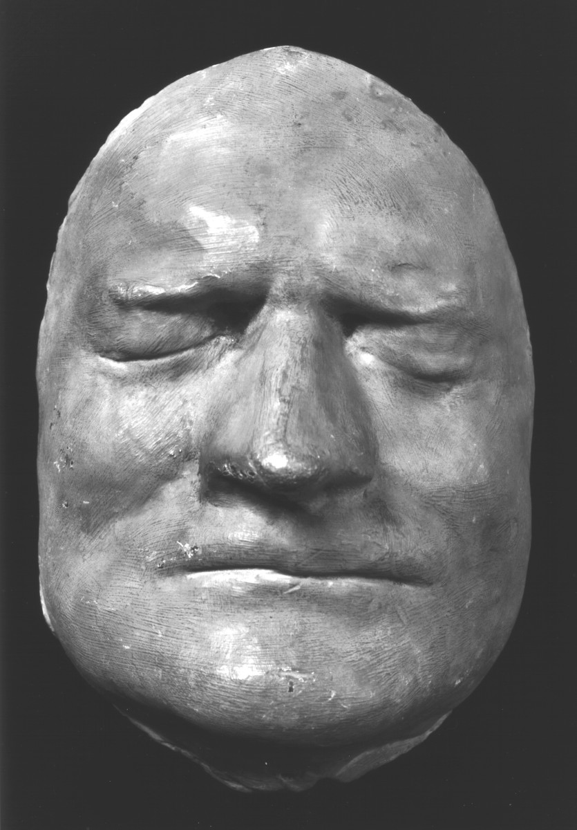 ISAAC NEWTON DEATH MASK