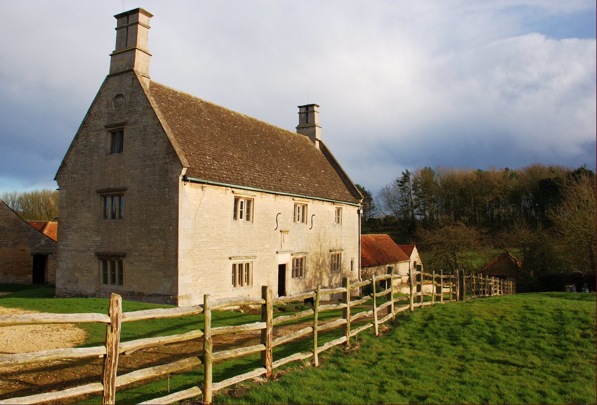 WOOLSTHORPE MANOR, WHERE ISAAC NEWTON WAS BORN AND RAISED