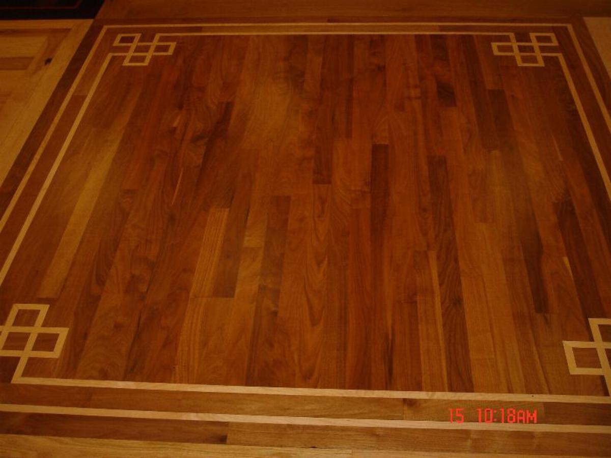 wood flooring border with inlay