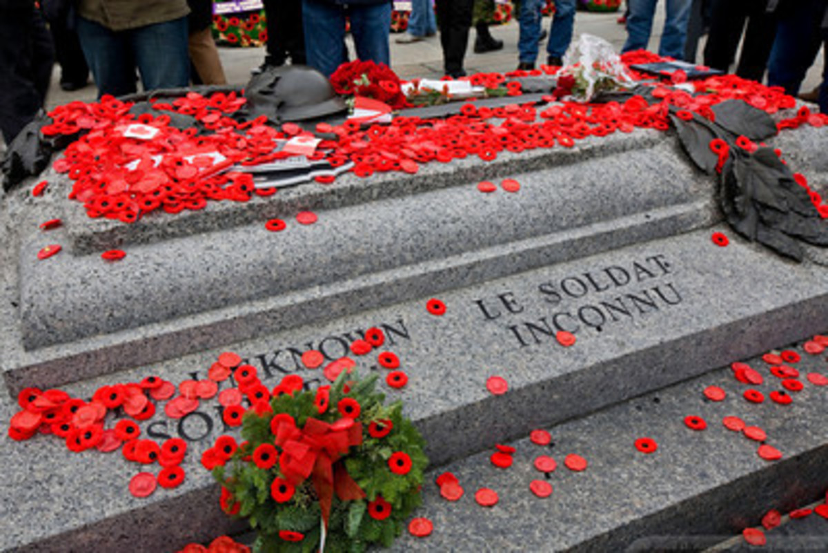 The tomb of the Unknown Soldier - photo from dkoyanagi.com