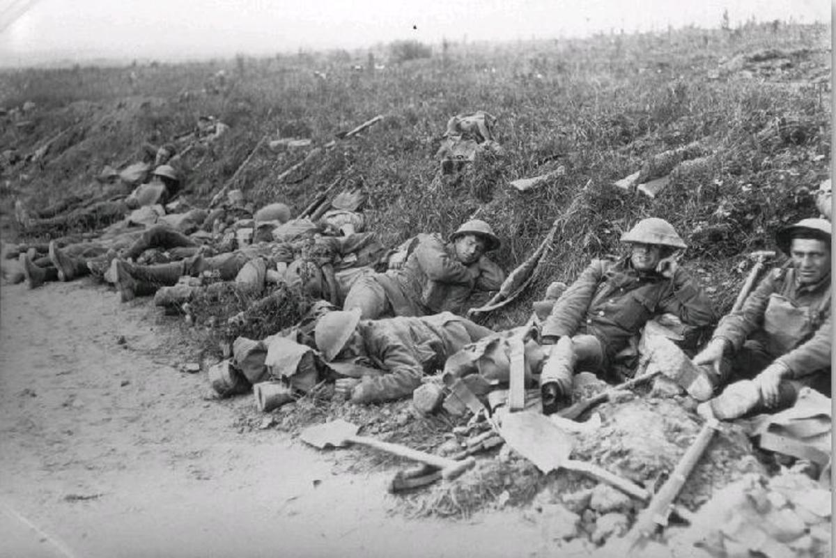 A rest on the march to the front lines of battle.