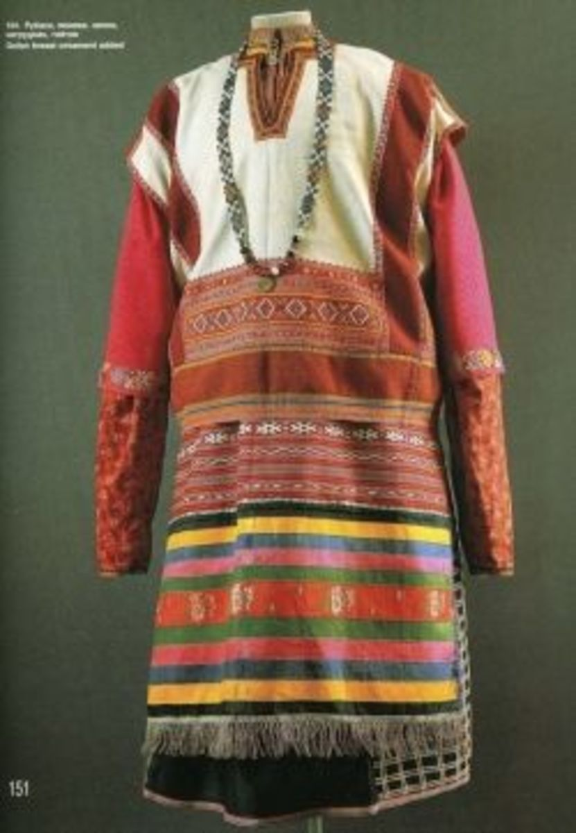 russian-folk-costume