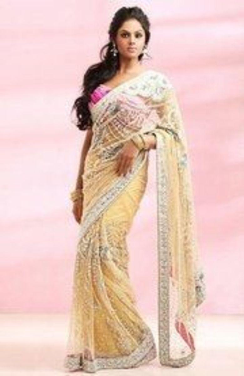Karthika Nair in Sattam Oru Iruttarai Remake