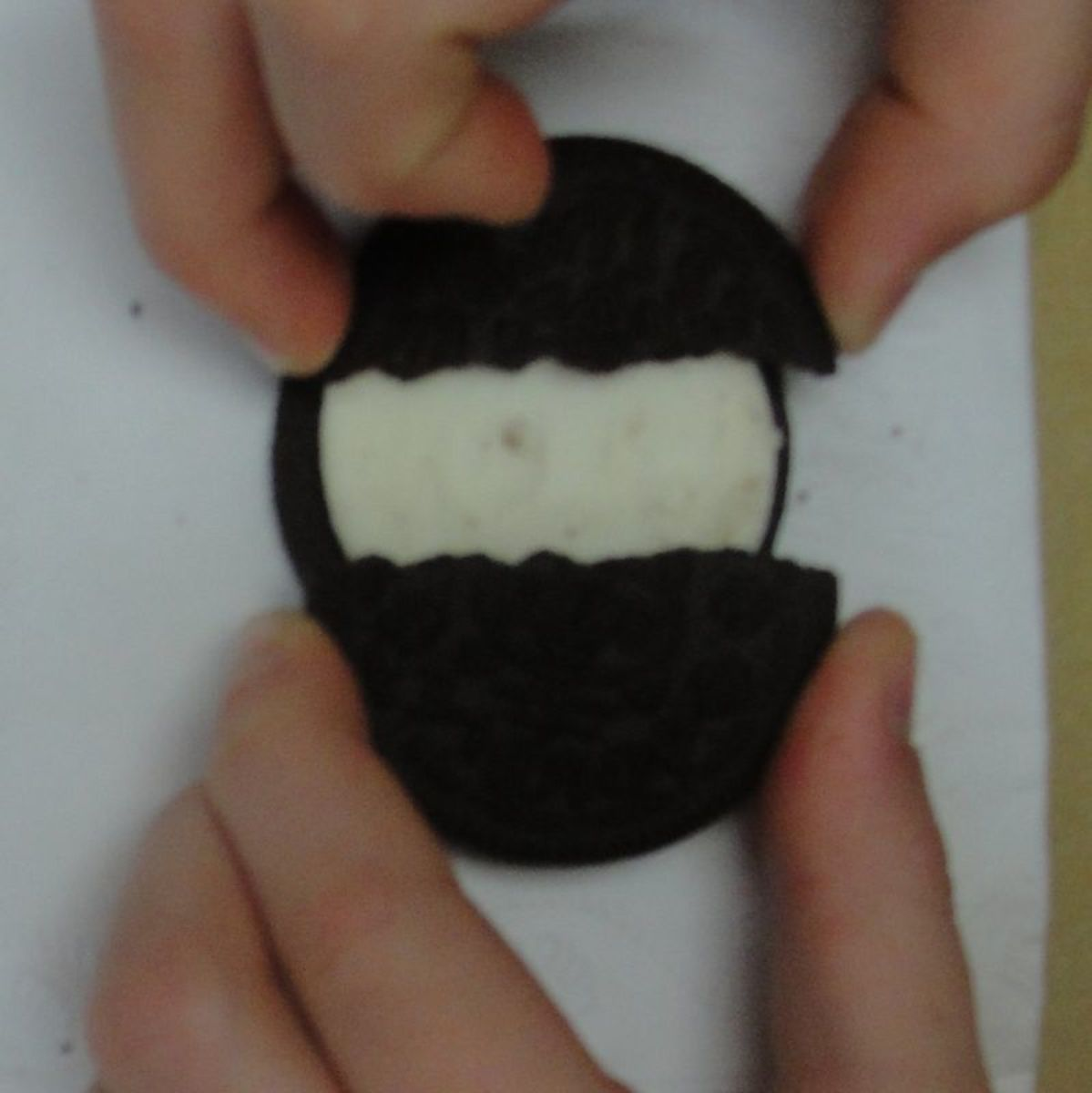 Using Oreo cookies to learn about tectonic plate boundaries
