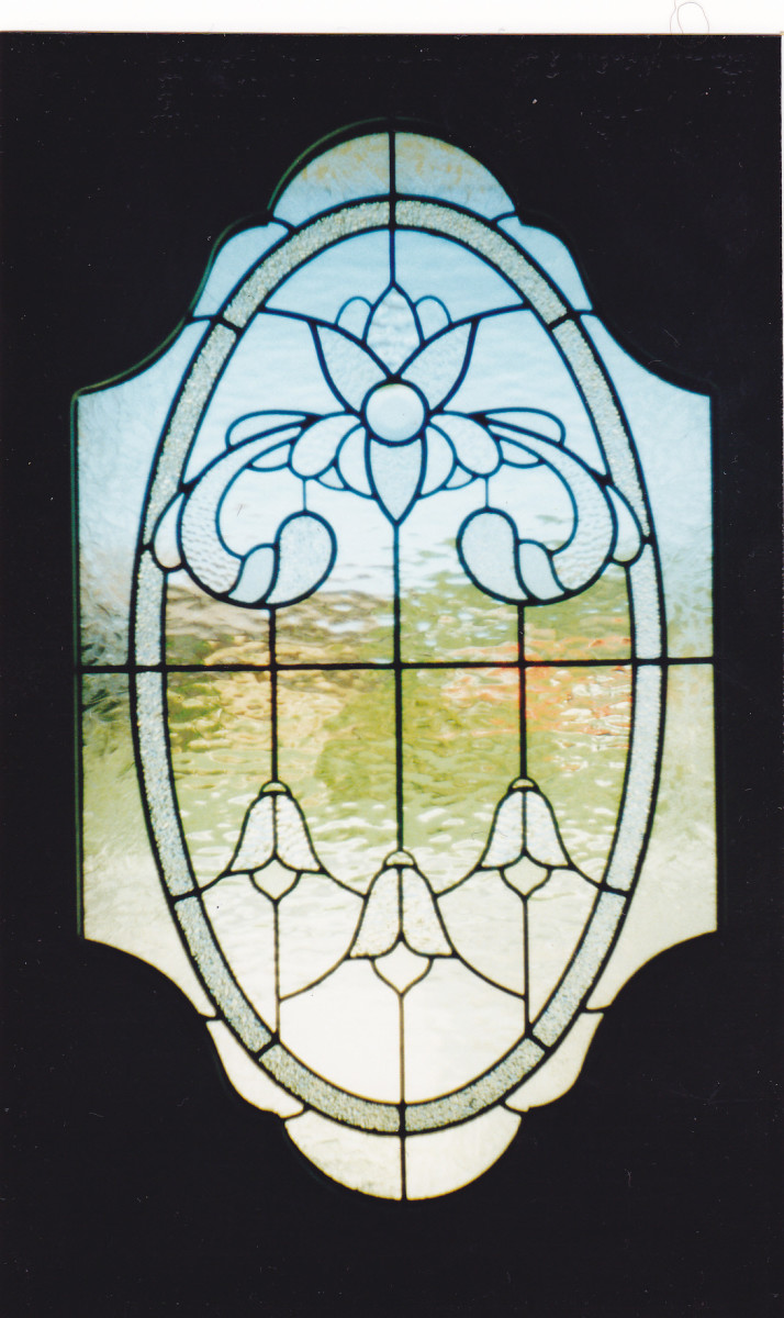 This door panel was made using different clear textures, which is a classical look.