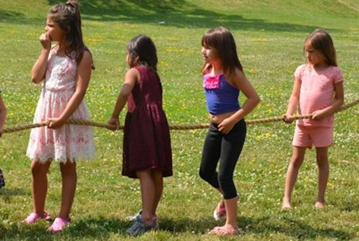 Tug of War Image Credit: http://www.aamjiwnaang.ca/wp-content/uploads/2016/07/Tug-of-War-2.jpg