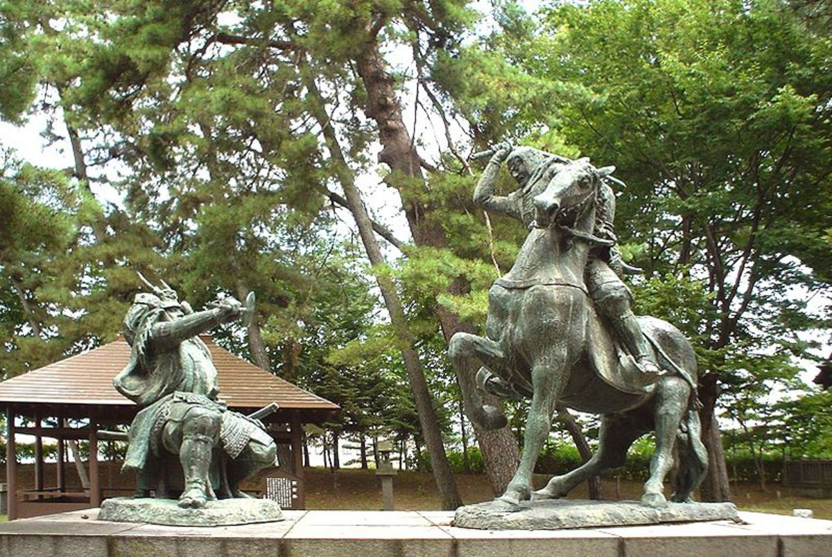 Takeda Shingen vs. Ueshugi Kenshin Statute in Japan, Battling Daimyo