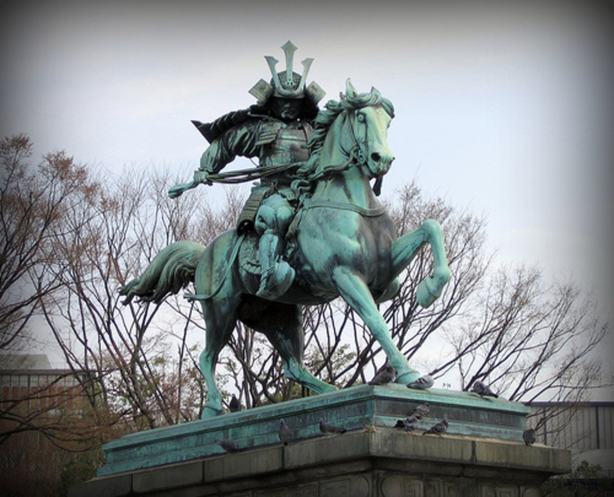 Kusunoki Masashige Statue in Japan, First Protagonist of Ninjutsu