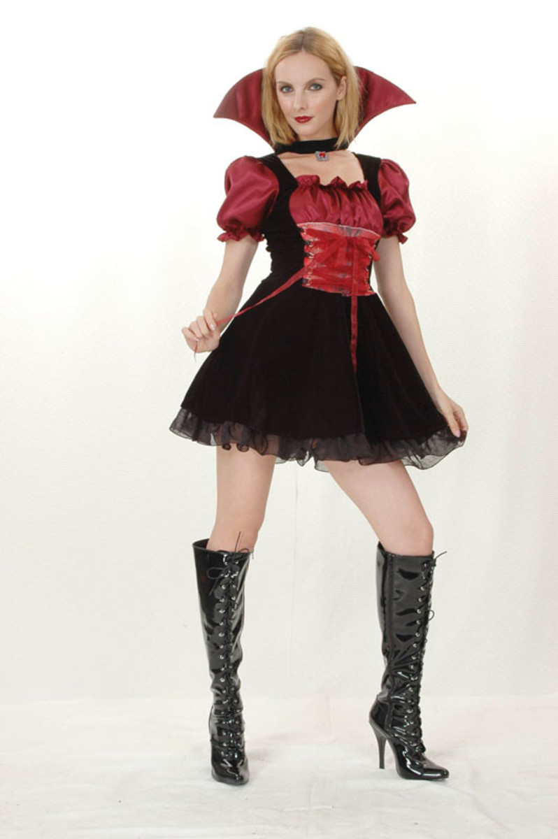 Vampiress Outfit