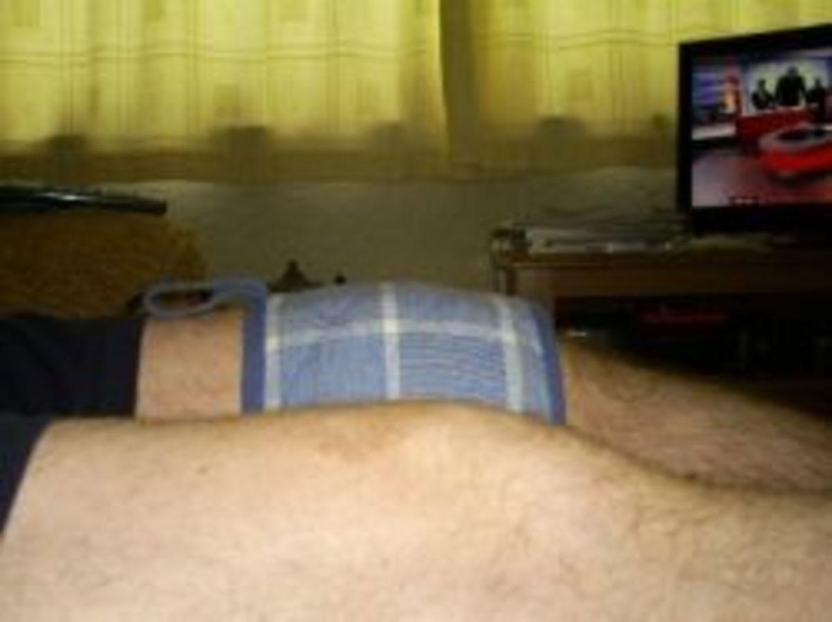 knee under weights to straighten it