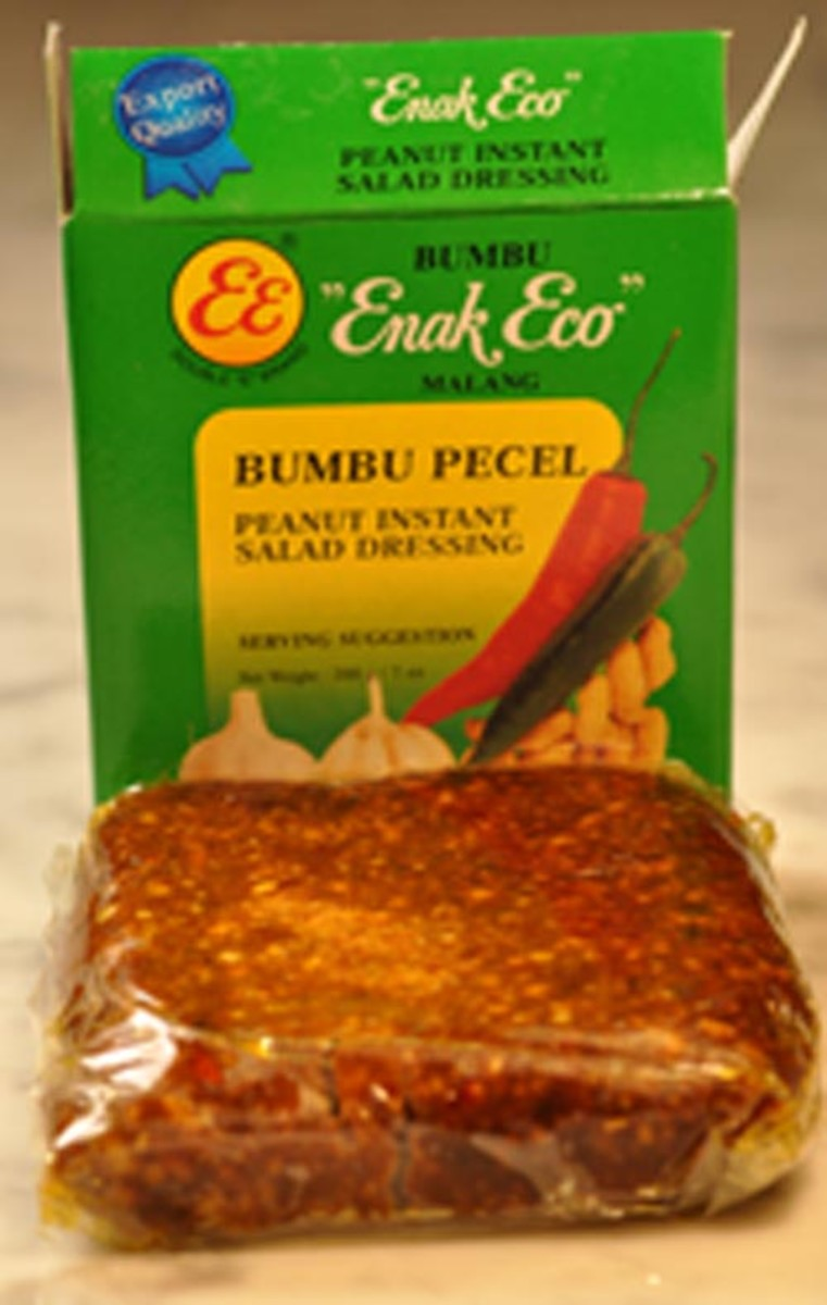 Ready-made Pecel paste. Image:  Siu Ling Hui
