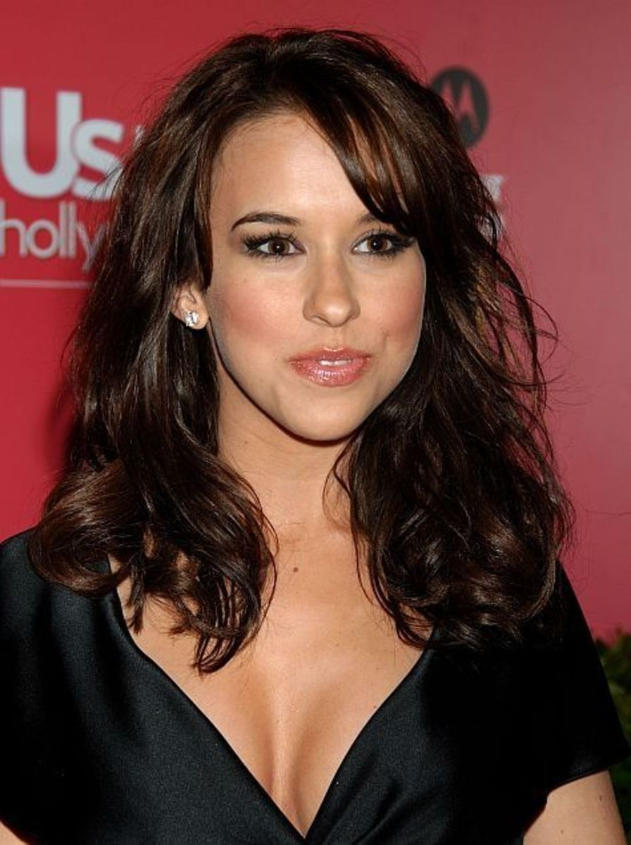 Lacey Chabert as Zatanna