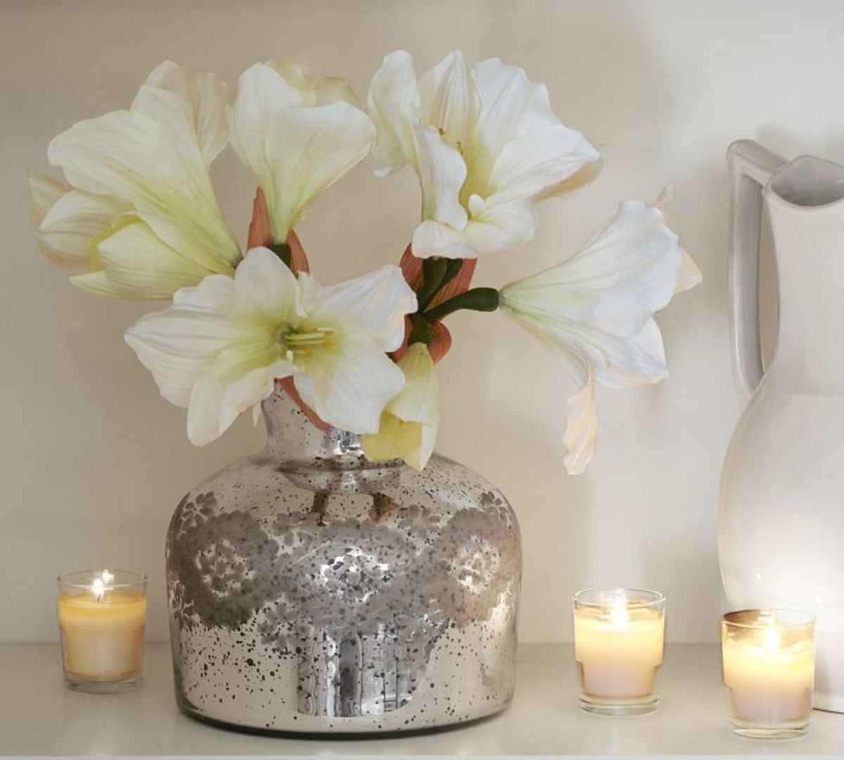 This is a perfect holiday arrangement for a bathroom or small table.