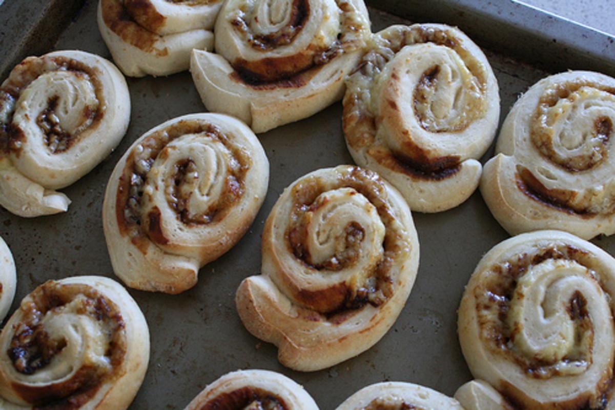 Spiral Cheesymite scrolls