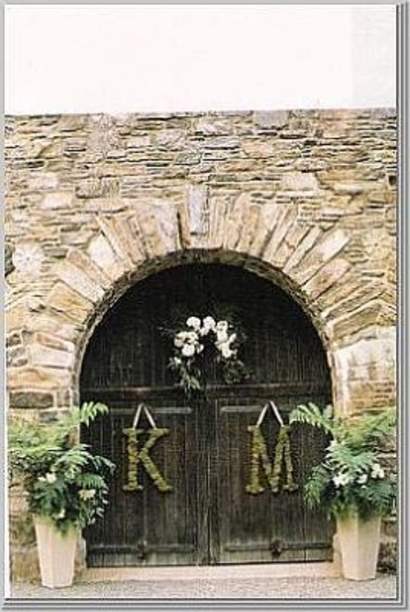 Wedding Decorations For Your Church Or Reception:  Monogrammed Letters For The  Door