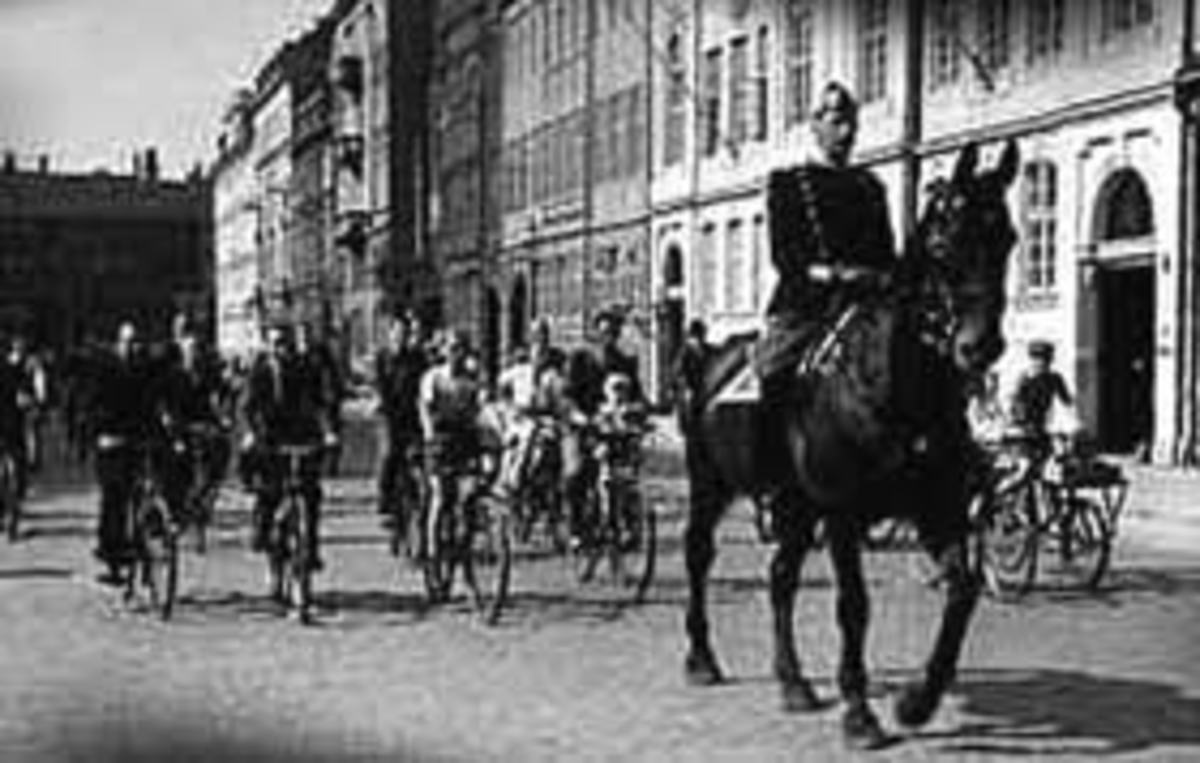 The King riding through Copenhagen during the german occupation.