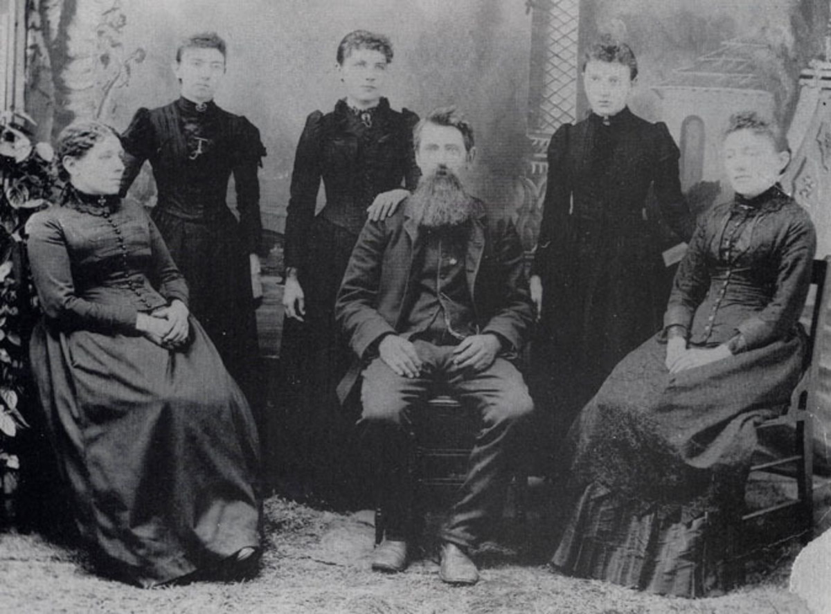 The Ingalls family: Charles Ingalls, Caroline Quiner Ingalls, Laura Ingalls, Mary Ingalls, Caroline Celestia, and Grace Pearl Ingalls.