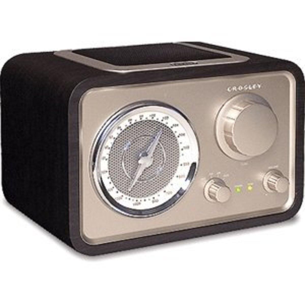 Crosley Solo Radio CR221