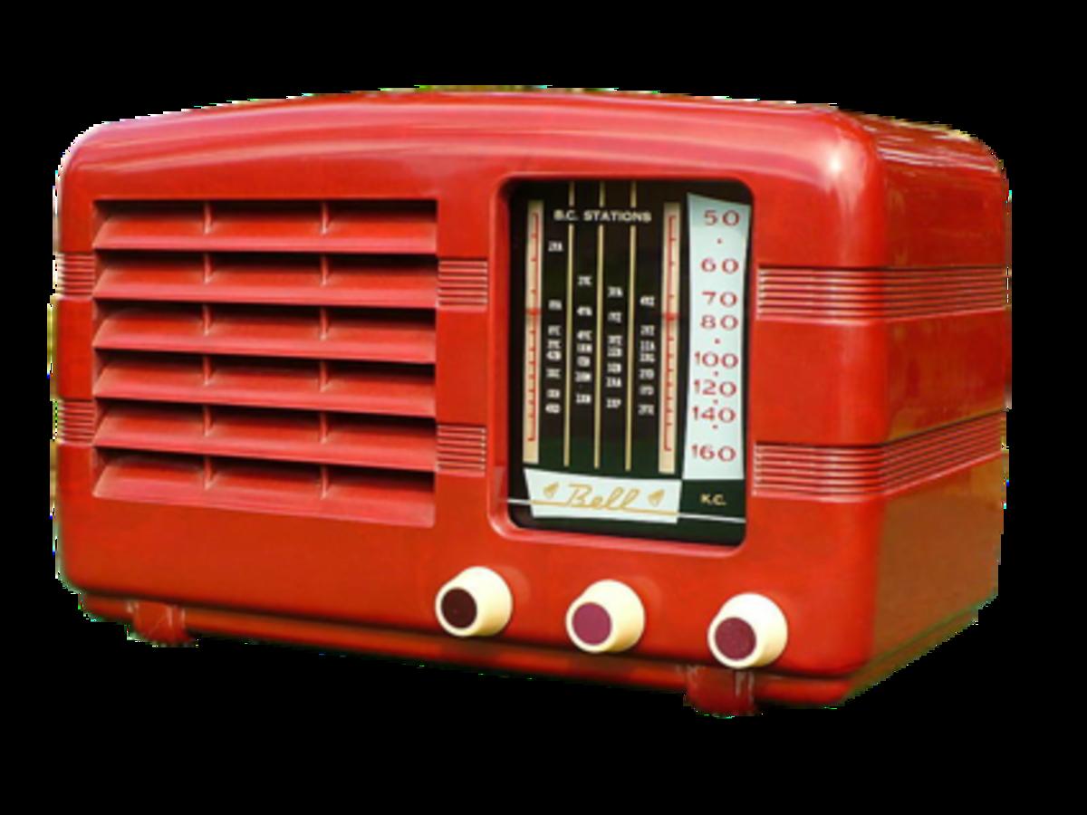 Red Bell Valve Radio. Mid 1950s. Photograph from Australian Vintage Radio