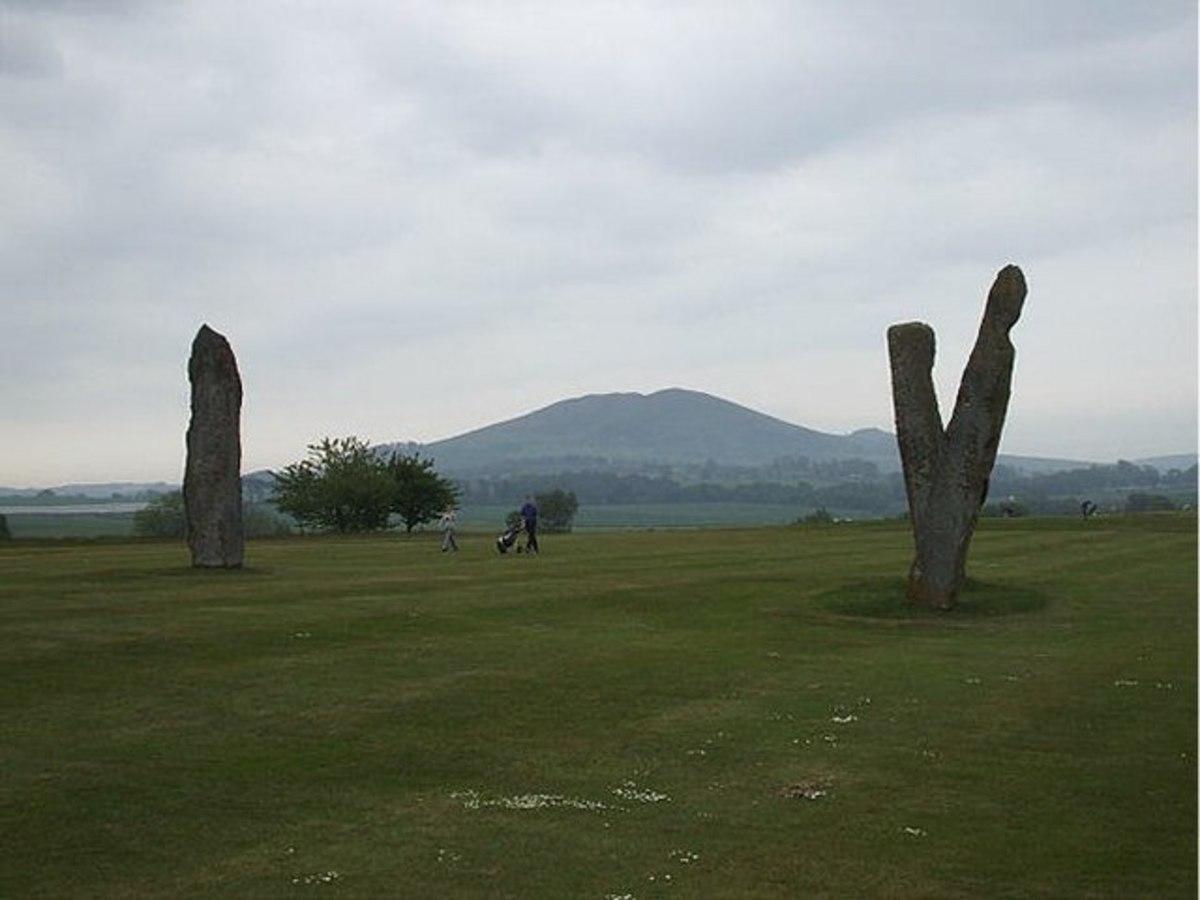 Lundie Standing Stones, Fife.