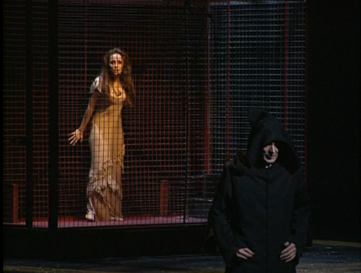 Helene Segara and Daniel Lavoie during Act II performing Le Proces