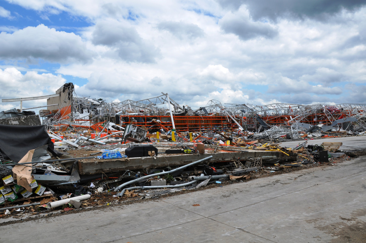Joplin, MO tornado, May 2011
