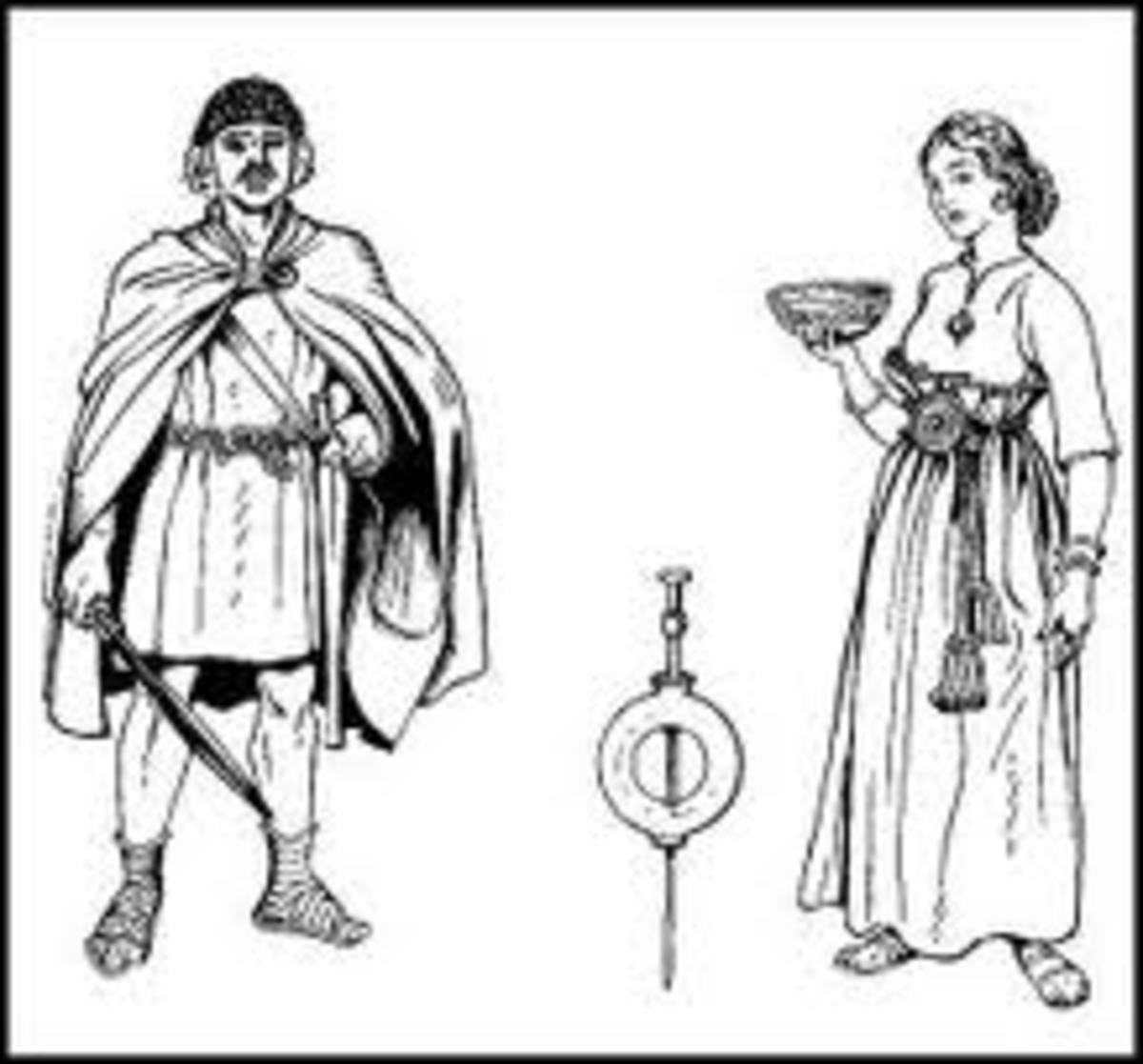 bronze age brooches fastened clothing