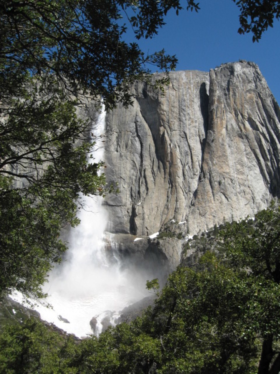 First View of Upper Yosemite Falls From The Trail