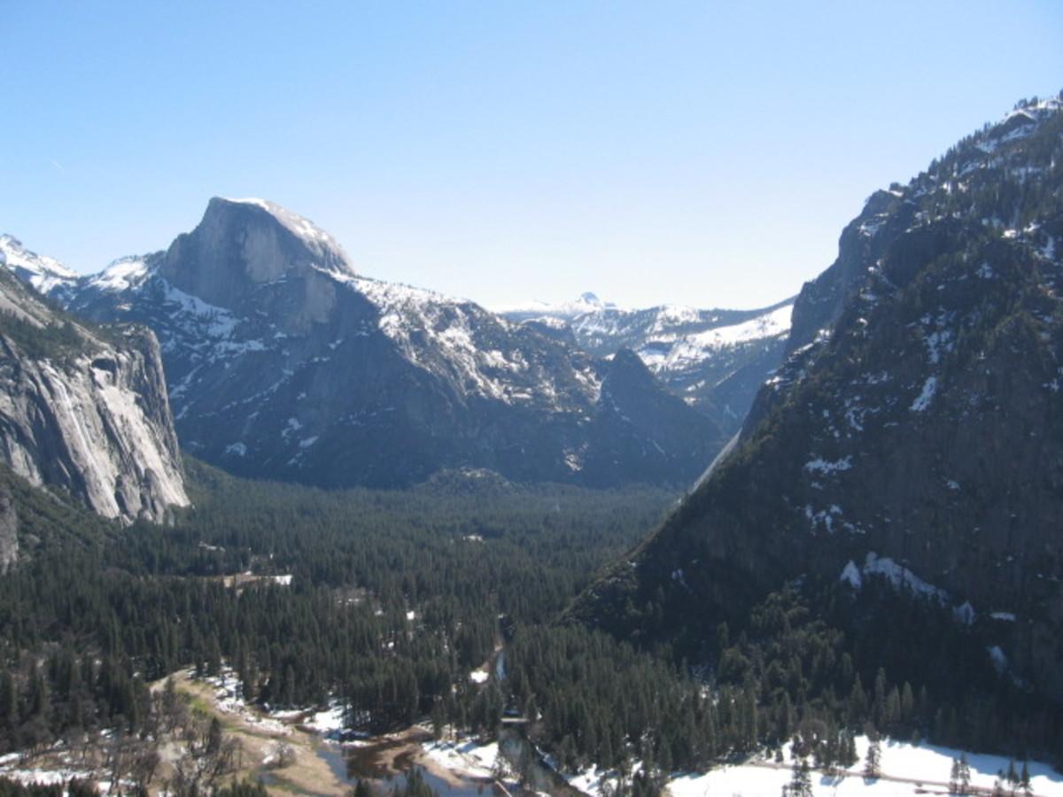 Yosemite Valley From The Upper Yosemite Falls Trail