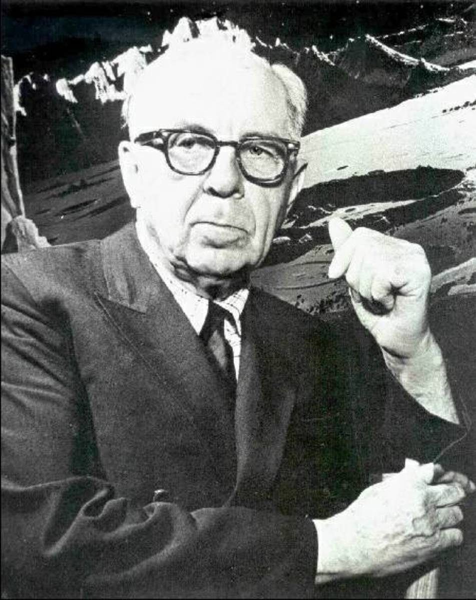 Portrait of Chesley Bonestell (Courtesy of Cedric Braun)