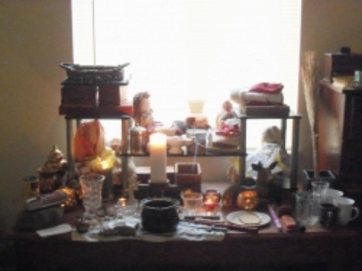 Create a Wiccan Altar