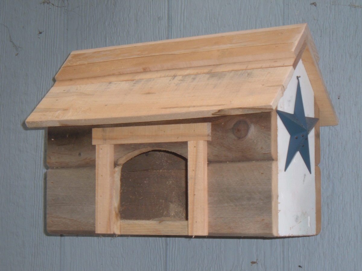 Country Barn Nesting Shelf