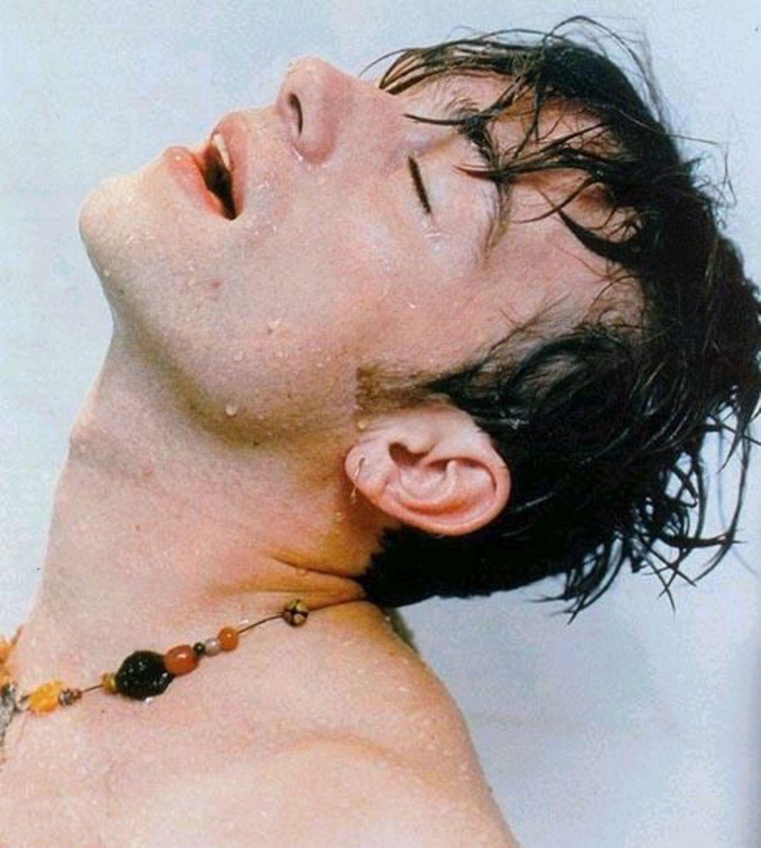 Damon Albarn- quite the hottie, eh?