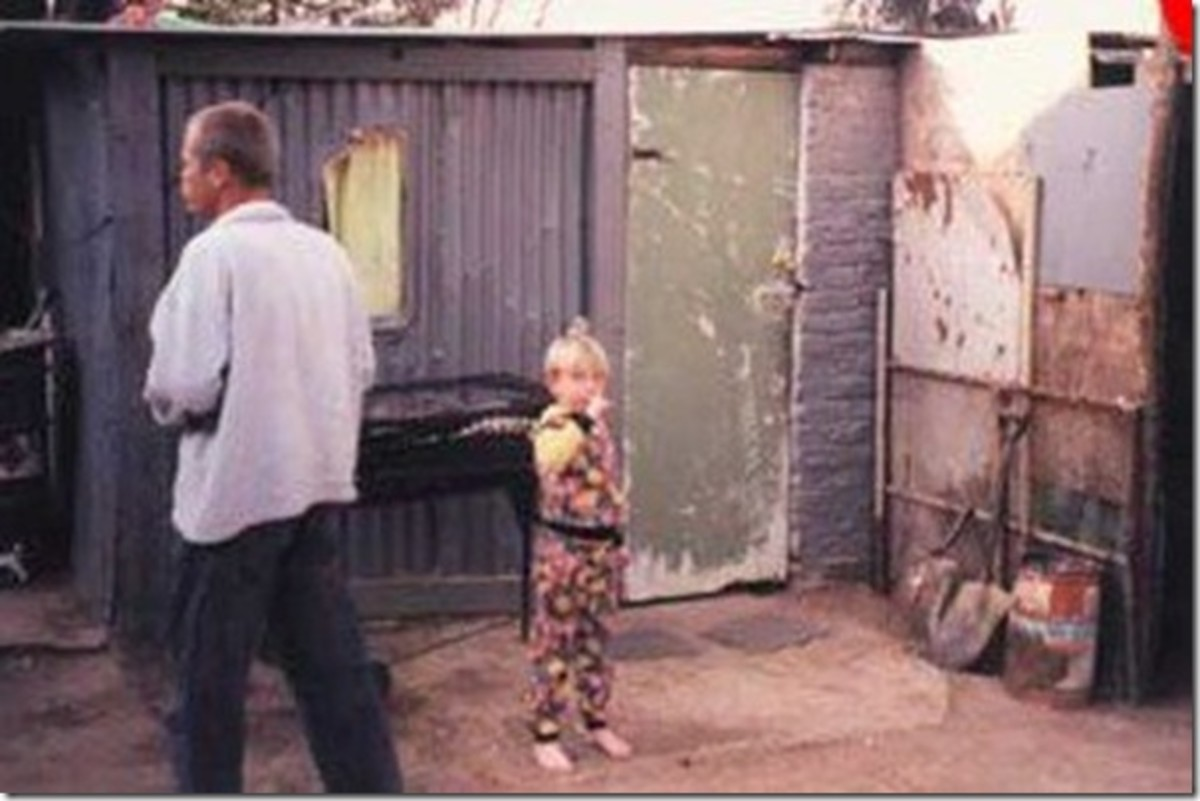 Living in Tin shacks, these are some of the poor Whites in south Africa