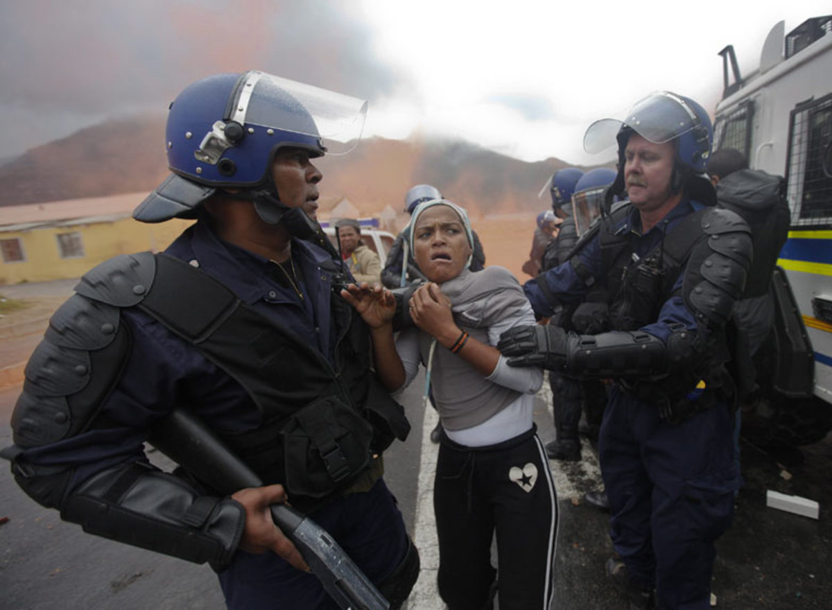 Human Rights violations by South African police officers under direct orders from the Premiere, Helen Zille