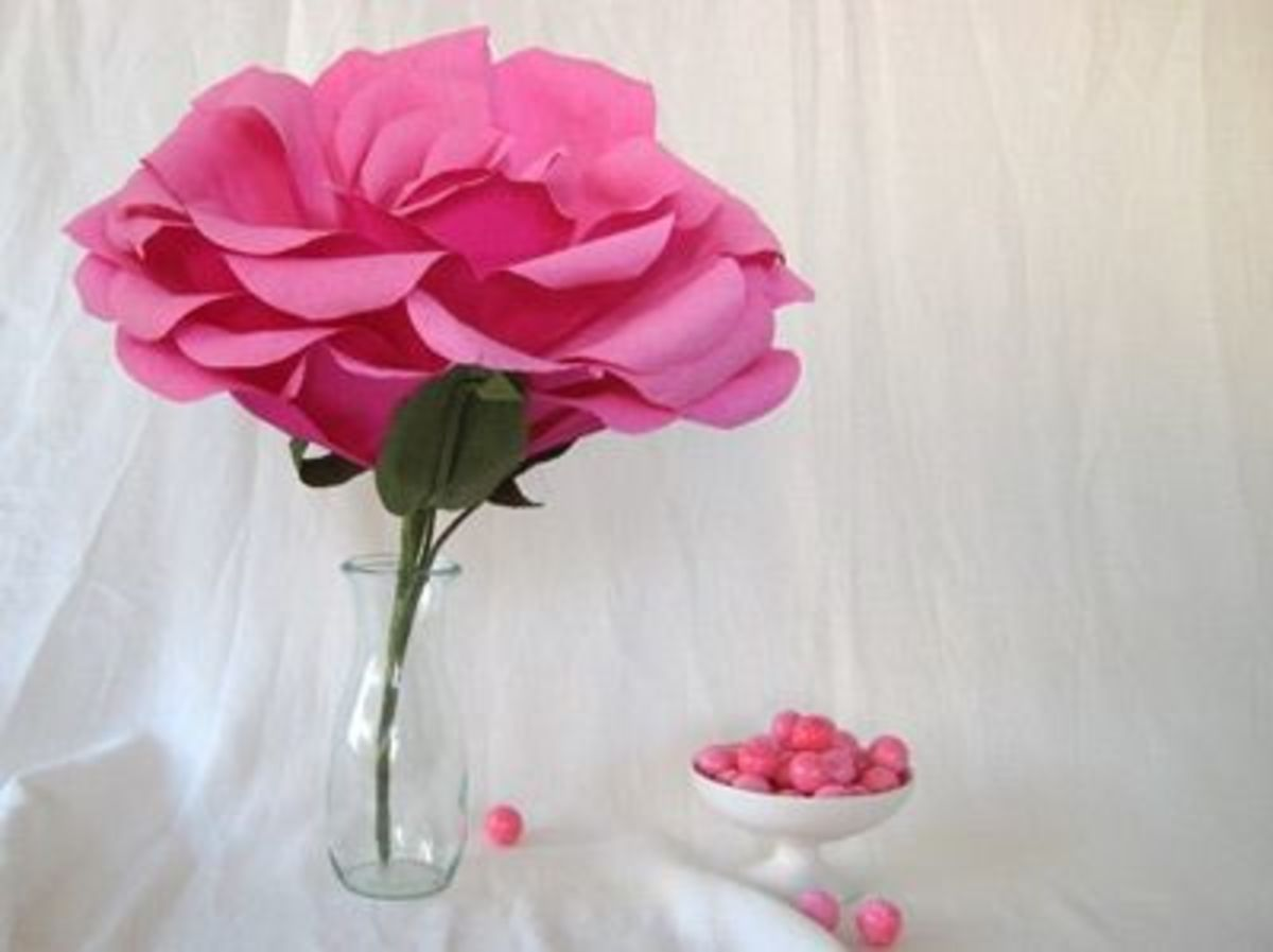 How to Make Giant Paper Roses Giant Paper Rose Pin it
