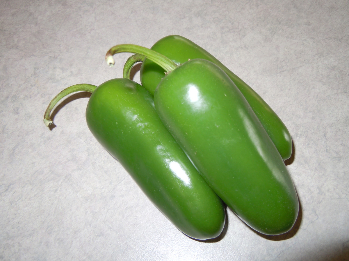 3 Fresh Jalapeno Peppers