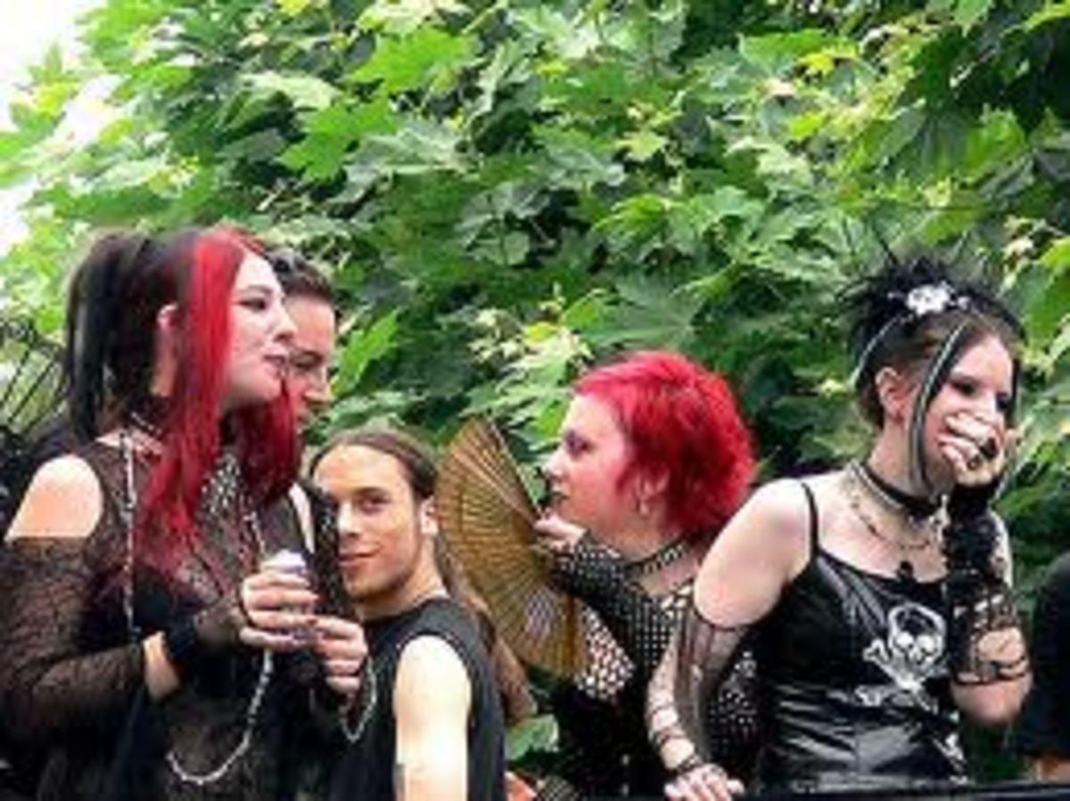 gothicgloves