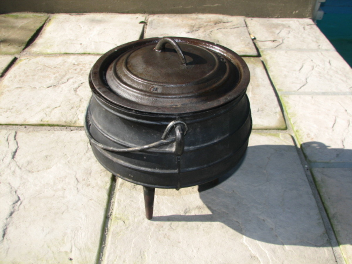 Traditional South African Potjie Pot